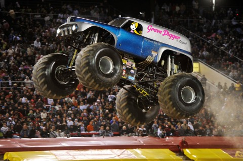 cocoa-wants-a-monster-truck-3
